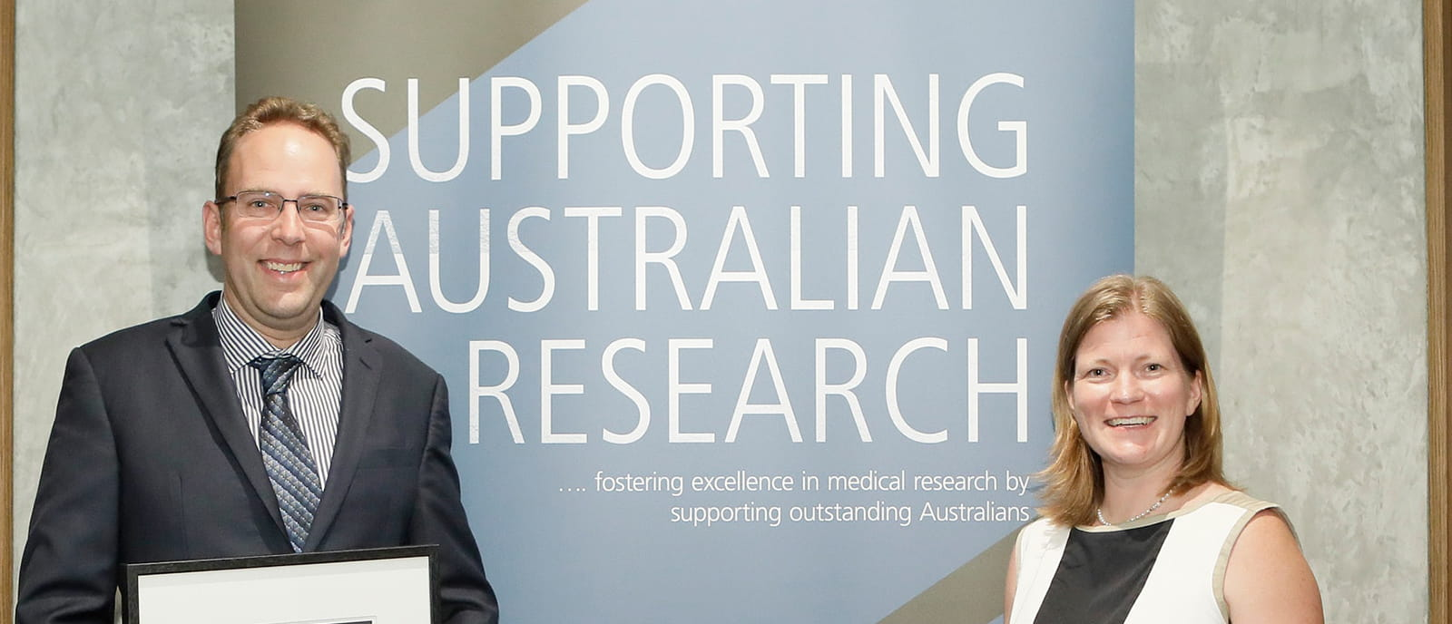 image of two Australian scientists who who received the 2020 CSL Centenary Fellowships