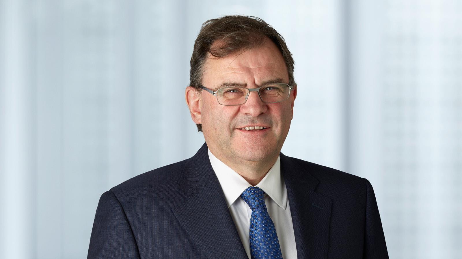 portrait photo of Professor Duncan Maskell